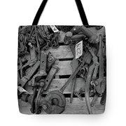 Chain Pallet Bw Tote Bag