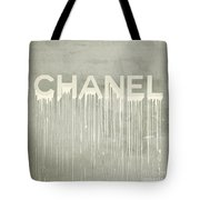 Chanel Plakative Fashion - Simple Beige Tote Bag