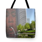 Chicago Crown Fountain 8 Tote Bag