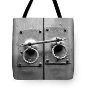 Chinese Door And Lock - Black And White Tote Bag