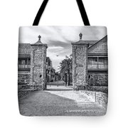 City Gates Black And White 2018 Tote Bag