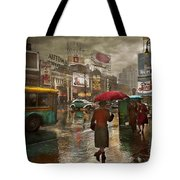 City - Ny - Times Square On A Rainy Day 1943 Tote Bag