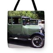 Classic Line Tote Bag