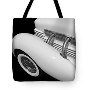 Classic Lines Tote Bag by Aaron Berg