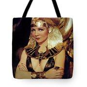 Claudette Colbert In Cleopatra 1934 Tote Bag