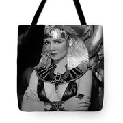 Claudette Colbert In Cleopatra 1934 Tote Bag