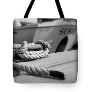 Cleat Hitch Boat Art Tote Bag