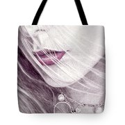 Close Up Tote Bag
