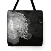 Contrasts In Floral Kingdom In Black And White. Tote Bag