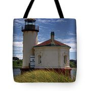 Coquille Lighthouse V Tote Bag