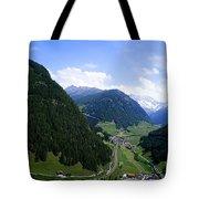 Cortina 7 Tote Bag