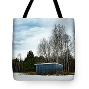 Country Barn In The Snow Tote Bag