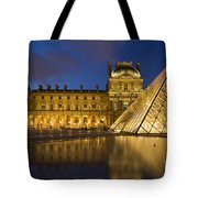 Courtyard Musee Du Louvre - Paris Tote Bag