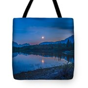 Crescent Moon Over Middle Lake In Bow Tote Bag