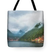 Cruising Lake Como Italy Tote Bag