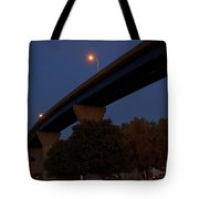 Curvy Bayview Evening -luther Fine Art Tote Bag
