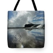 D09130-dc Cloud And Steam Reflect Tote Bag