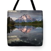 Dawn At Oxbow Bend Tote Bag