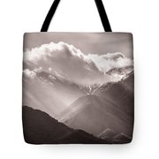 Descending Rays Tote Bag