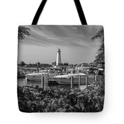 Detroit Lighthouse And Marina 3 Black And White  Tote Bag