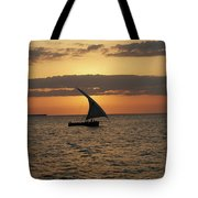 Dhow At Sunset Tote Bag