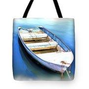 Do-00269 Boat In Killcare Tote Bag