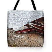 Dos Barcos Tote Bag