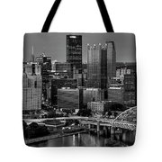 Downtown Pittsburgh At Twilight - Black And White Tote Bag