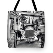 Englishtown New Jersey Antique Classic Car Tote Bag