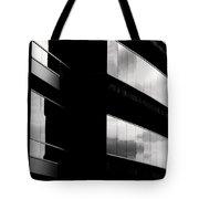 Exquisite Edificio Tote Bag