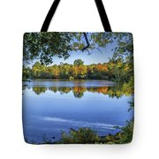 Fall Foliage At Turners Pond In Milton Massachusetts Tote Bag