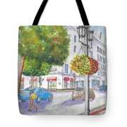 Farola With Flowers In Wilshire Blvd., Beverly Hills, California Tote Bag