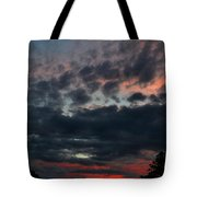 Final Sunset Fling Tote Bag