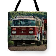 Fire Truck  Engine 13 Village Of Tully New York Pa Tote Bag