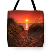 First Encouter Beach Sunset September 2017 Tote Bag