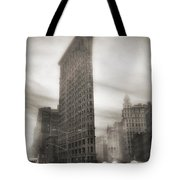 Flatiron Winter's Day   Tote Bag