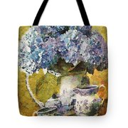 Floral Table Onset In Tiny Bubbles Tote Bag