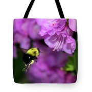 Flying Bee Collecting Pollen Tote Bag