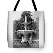 Forsyth Park Fountain Black And White With Vignette Tote Bag