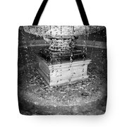 Fountain Flow Tote Bag