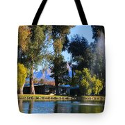 Fountains 2 Tote Bag