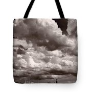 Gathering Clouds Over Lake Geneva Bw Tote Bag