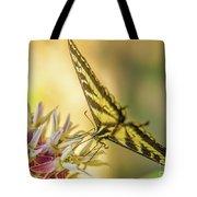 Giant Swallowtail With Yosemite Showy Milkweed Tote Bag