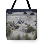Gold Beach Oregon Beach Grass 18 Tote Bag