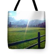 Golf Course Sun Rays Tote Bag