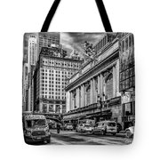 Grand Central At 42nd St - Mono Tote Bag