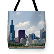 Grant Park And Chicago Skyline Tote Bag
