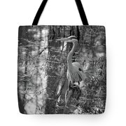 Great Blue Heron And Reflection-black And White Tote Bag