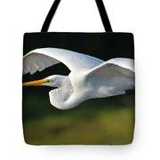 Great Egret In Flight Tote Bag