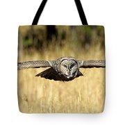 Great Gray Owl In Flight Tote Bag